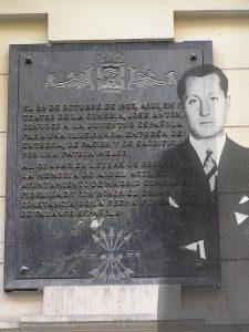 Jose Antonio funda Falange