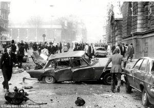El IRA intensifica campaña bombas