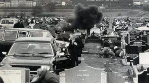Pistolero probritánico ataca funeral